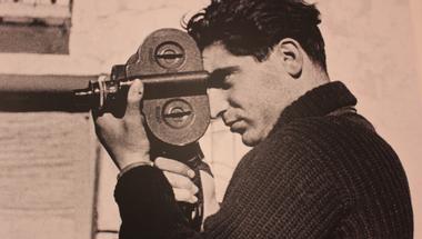 Egy rúd szalámival a világ legjobb fotósává válni - Elég közel vagy? Robert Capa kiállításajánló