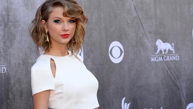 Taylor Swift nem engedi a zene-rezsicsökkentést, extraprofitot akar