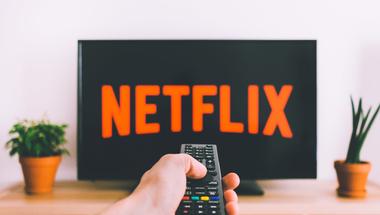 Hogyan NE készülj a következő vizsgádra? - 5 új Netflix sorozat a hétvégére