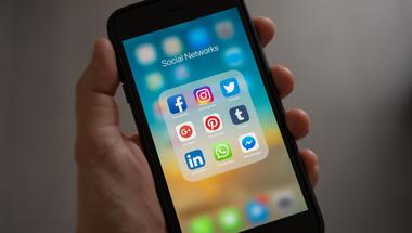 Te okosan használod a telefonodat? - 3+1 tipp a tudatos internethasználathoz