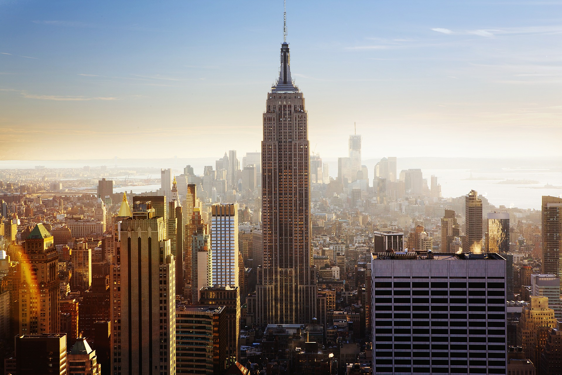empire-state-building-1081929_1920.jpg