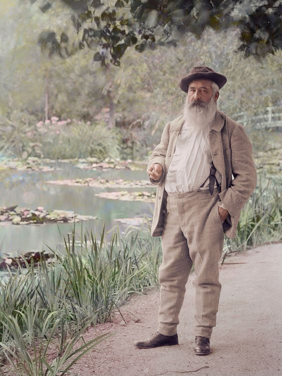 monet_in_his_garden2.jpg