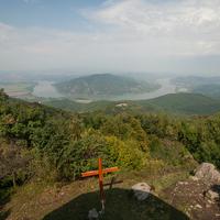 Izzadás a Dunakanyar felett