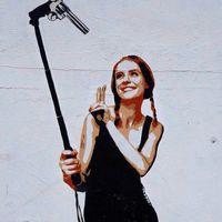 Selfie junkie