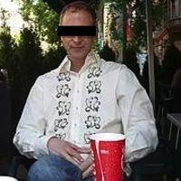 Ginával áldozatokat szedő couchsurfer host Budapesten