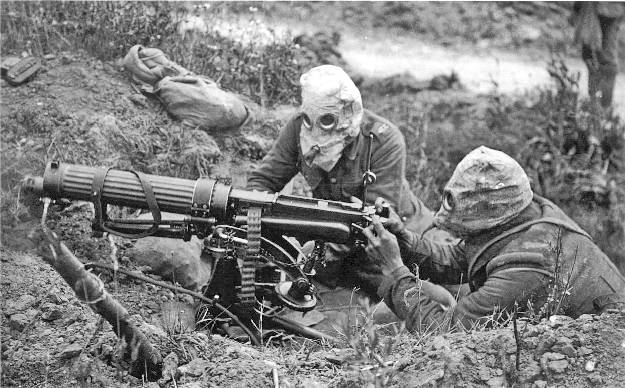 Vickers_machine_gun_crew_with_gas_masks.jpg