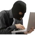 5 év börtönt kapott a weboldalakat támadó tini-hacker