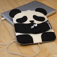 Kreatív panda tartó a kütyüidnek