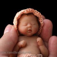 Elképesztően élethű marcipán babák