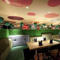 Étterem dizájn - Alice csodaországban