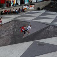 Óriás illúzió Stockholm főterén