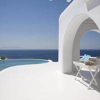 Hófehér luxus a tengerparton
