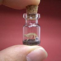 Dinoszaurusz a palackban - Miniatűr szobrok