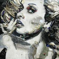 Hulladék művészet - Női portrék