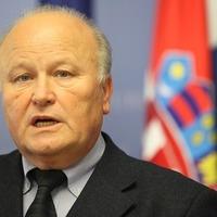Kenőpénz elfogadásával vádolják a horvát pénzügyminisztert