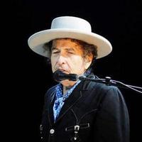 Bob Dylan egy párizsi bíróság előtt felel. A vád: horvátellenes gyűlöletbeszéd
