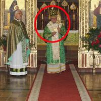 Egy püspök a testvéreire hagyta az egyházi vagyont
