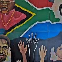 Dél-Afrika: fekete hajó, fehér vitorla
