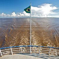 Lefelé az Amazonason