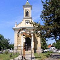 Kápolna a Feltámadt Üdvözítő tiszteletére a Szarvasi úti temetőben