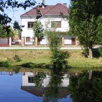 Kétszintes családi ház az Alsó Körös soron