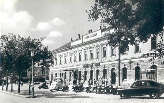Csaba szálló 60-as évek.jpg