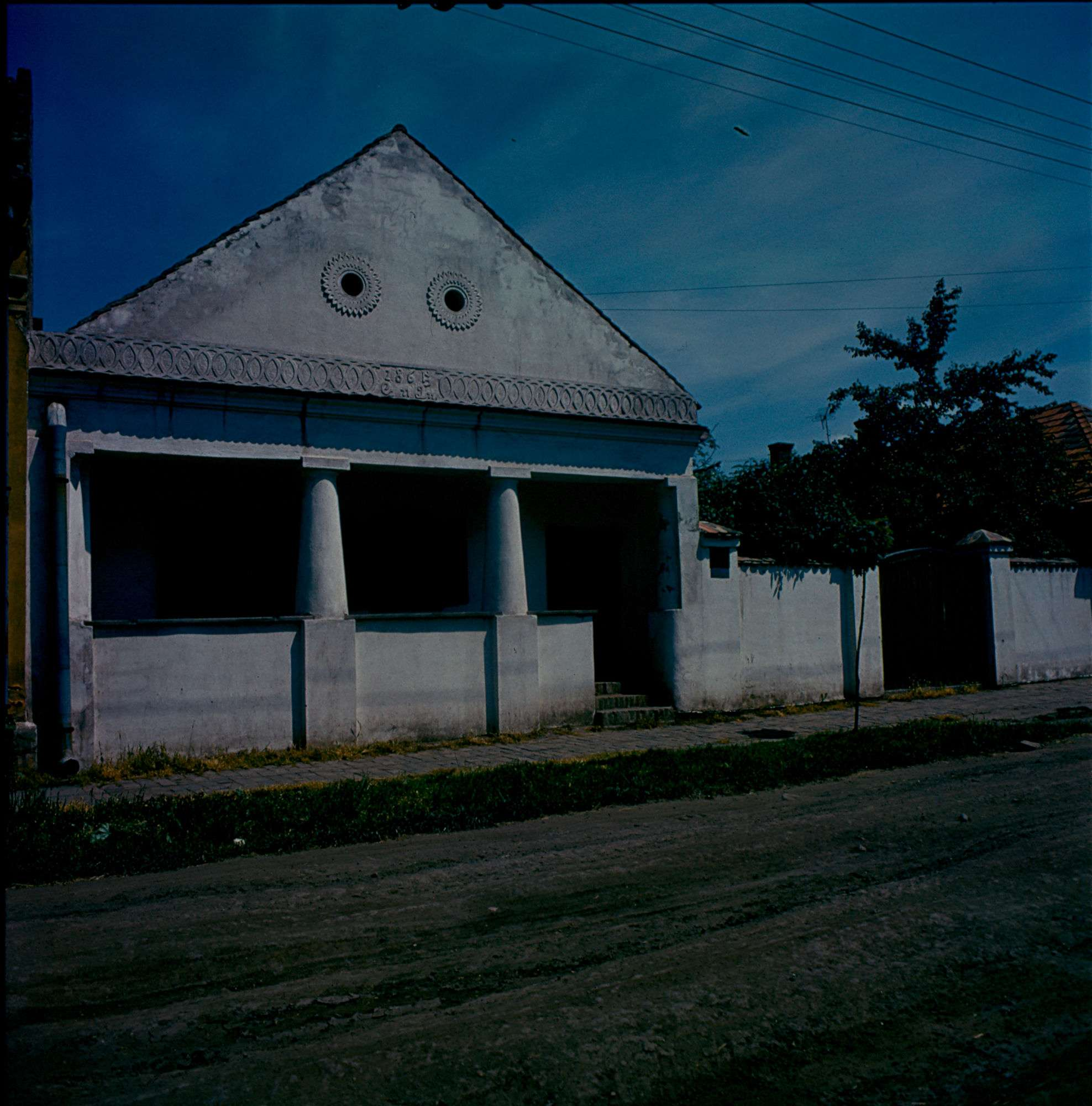garay21_1976.jpg