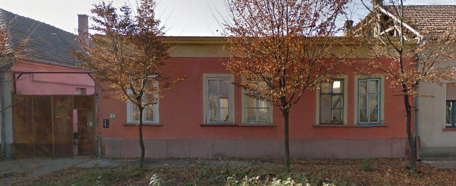 30_2011.jpg