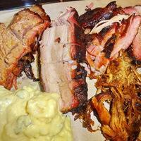Smokey Monkies Bar-BQ - füst és hús Óbudán