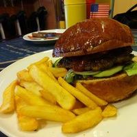 Burger Mustra #45 - Dallas Étterem, Budapest