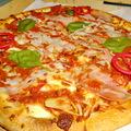 Ananászos Hawaii Spagetti Pizza a hónap őrülete a Don Pepénél!