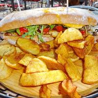 Brutális kemencés hamburger szendvics a Don Pepe havi ajánlata