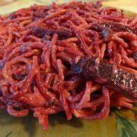 Céklás-baconös spagetti
