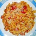 Grillkolbászos-paradicsomos tészta