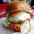 Burger Mustra #104 - Pietro Bisztró & Pizzéria, Siófok