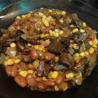 Gyorsan, finomat, hús nélkül: Chilis babos, kukoricás gomba