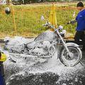 #tbt 2010. 10. 15. Motormosatás habbal