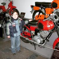 #TBT 2011.02.12. Neroval a Közlekedési Múzeumban egy Pannónia P21 társaságában