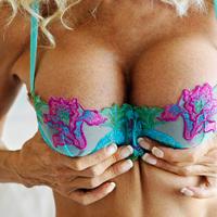Szex idősebb nővel - mit szeretnek benne a pasik? (18+)