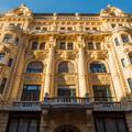 Aranyló palota barokkal és művészekkel