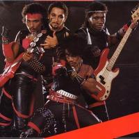 Sound Barrier - Born To Rock
