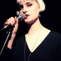 Molly Nilsson (szintipop)