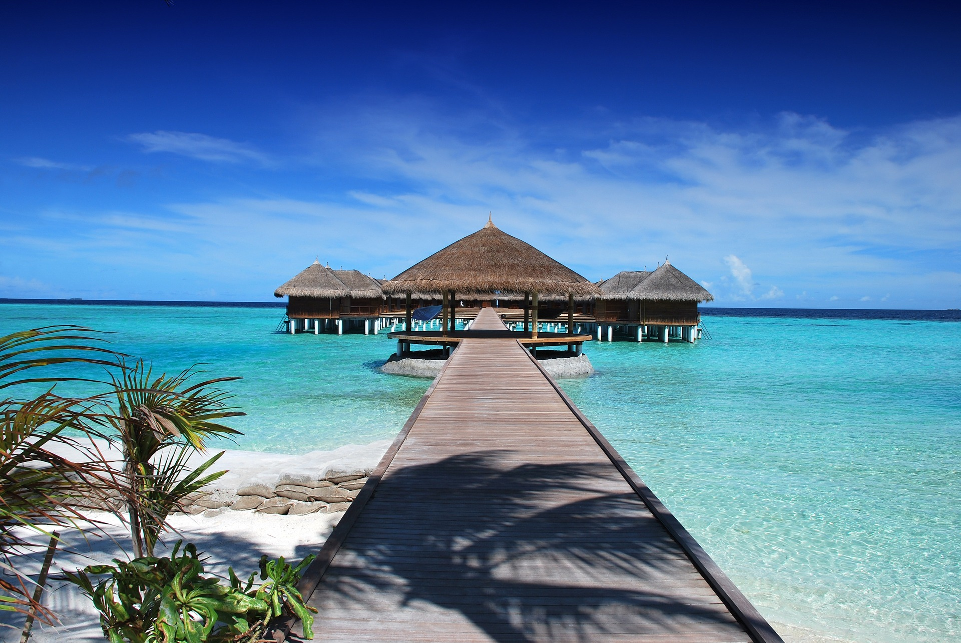 maldives-666122_1920.jpg