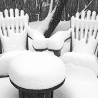 Eltehetjük télire - kerti bútorok tárolása