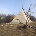 Így született a rejtélyes magyar piramis
