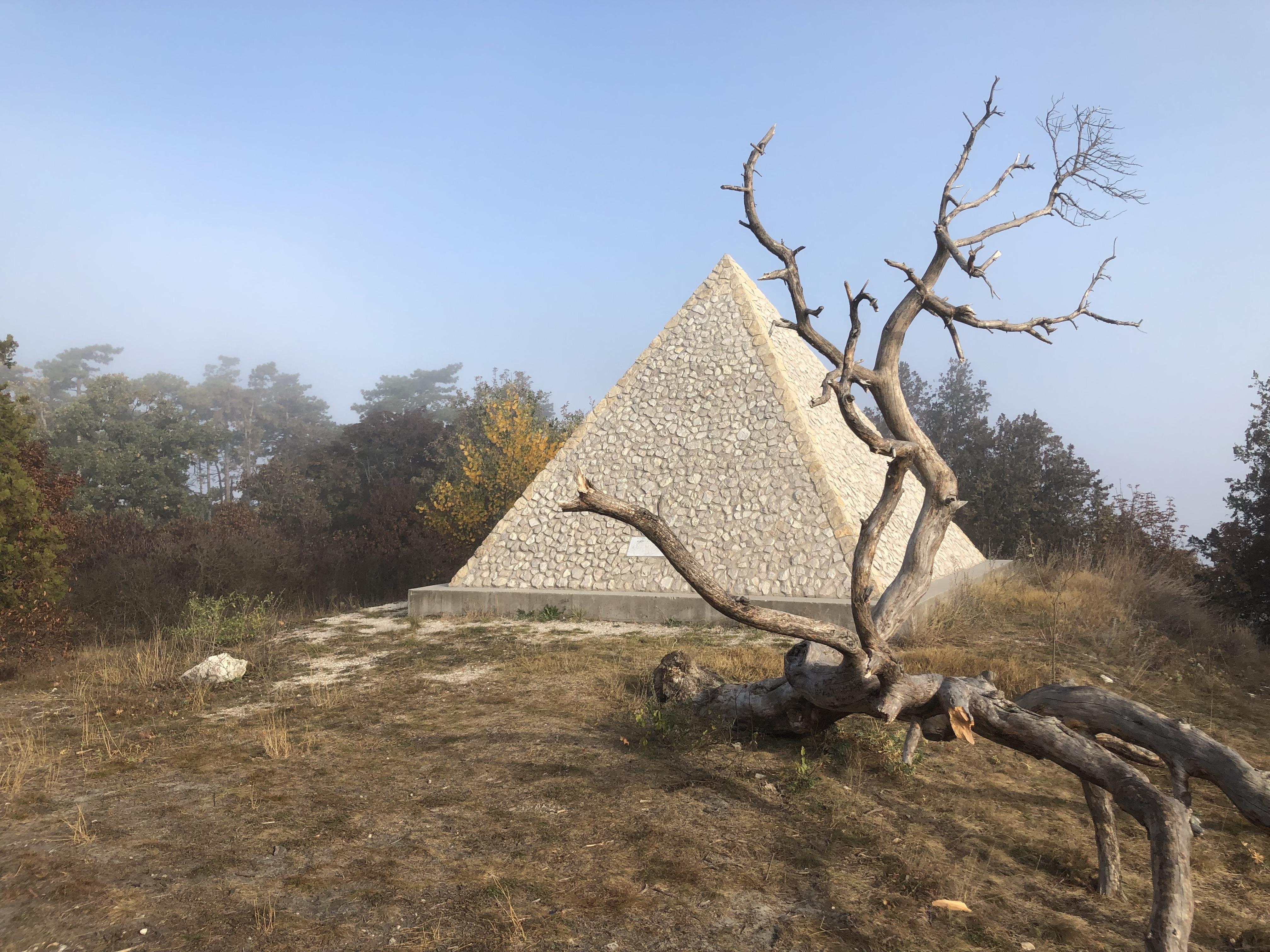 piramisma.jpg