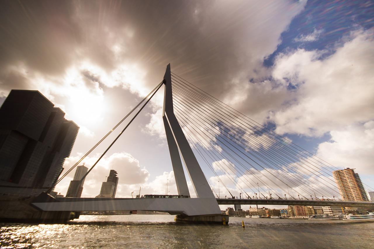 bridge-726270_1280_1.jpg