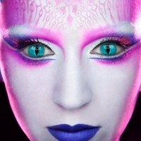 Űrsminkben Katy Perry