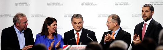 Fidesz-vezérkar-2013-szeptemberi kongresszus.PNG