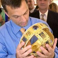 Kemény figyelmeztetés Orbán Viktornak és a Fidesznek eszmetársaktól és az európai sajtótól